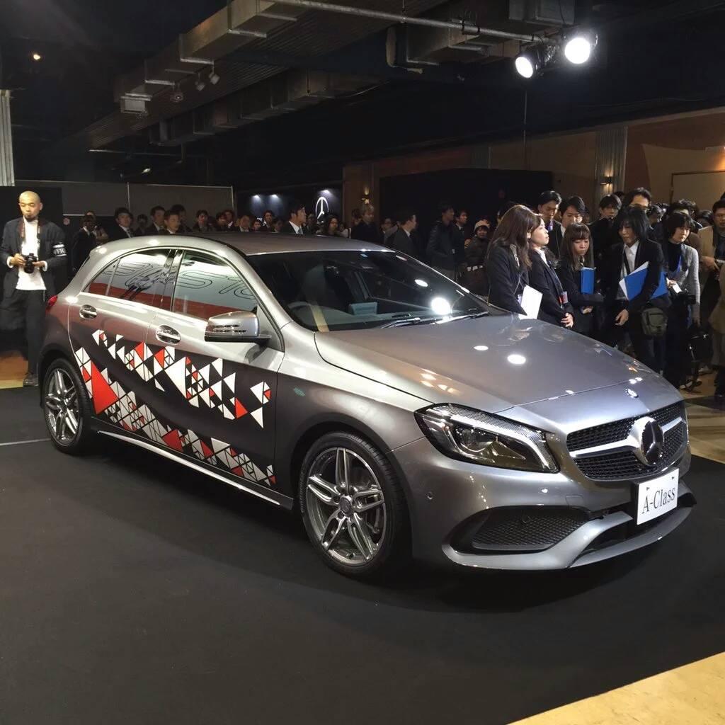 Mercedes Benz X Perfume 4